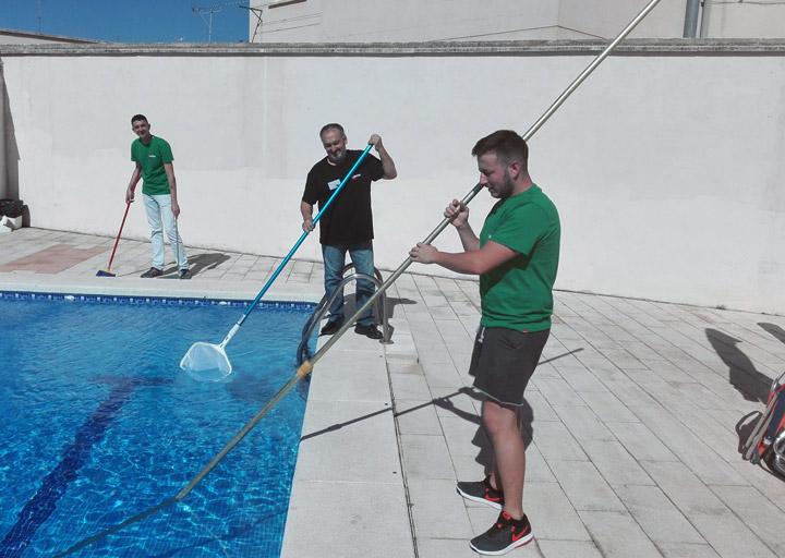 Finalizamos en ciudad real los cursos de operaciones for Curso mantenimiento piscinas