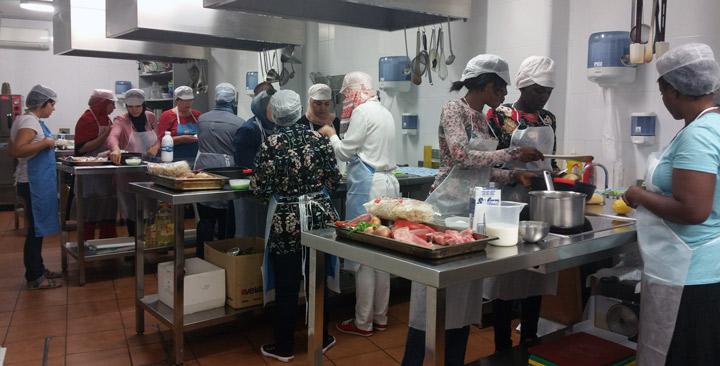 Disfrutamos en zaragoza de un curso de cocina espa ola - Cursos de cocina zaragoza ...