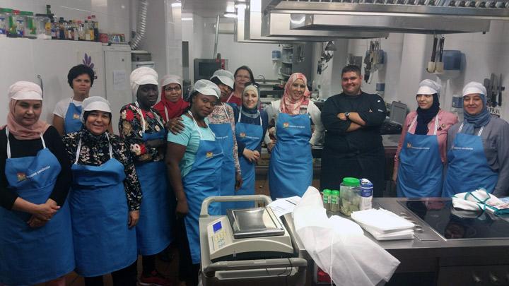 Disfrutamos en zaragoza de un curso de cocina espa ola nuevossenderos fundaci n cepaim - Escuela de cocina zaragoza ...